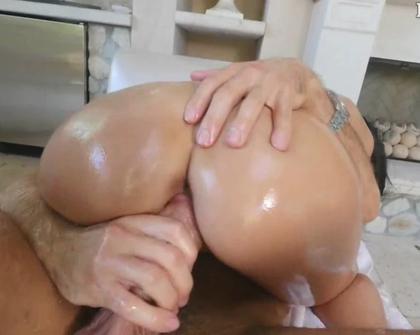 Lubed - Sofi Ryan