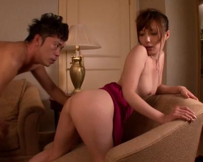 Kaede Fuyutsuki - Woman In Red