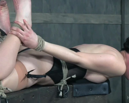 HardTied - Bonnie Day And London River 02