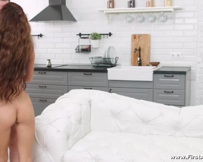 FirstAnalDate - Kate Rich