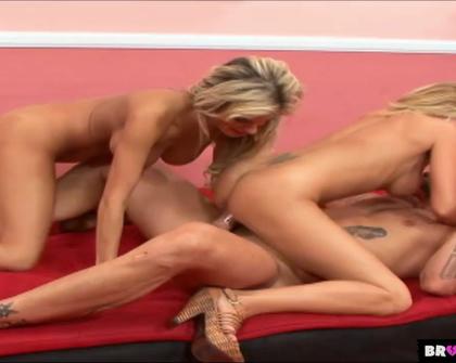 BrokenTeens - Brooke Belle   Julian Andretti - A Big Dick for 2 Horny Chicks
