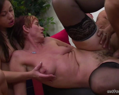 MDFucking - Two Wet Pussies For A Hung Electrician