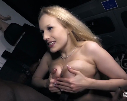 BumsBus - Angel Wicky Hauptfilm