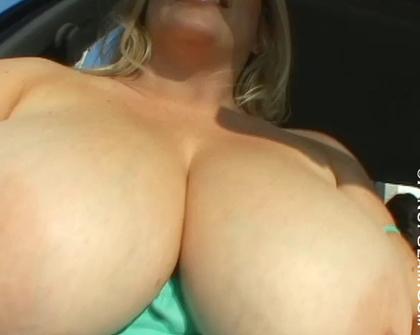 PinupFiles - Jana Defi Maggie Green Boobspoof 8