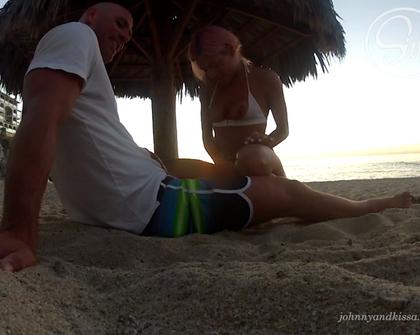 JohnnyAndKissa - Beach Busted