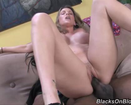 BlacksOnBlondes - Courtney Cummz