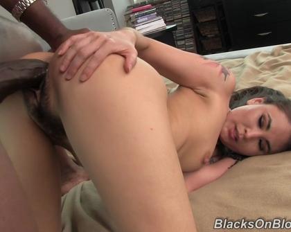 BlacksOnBlondes - Jade Hsu