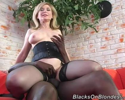 BlacksOnBlondes - Nina Hartley