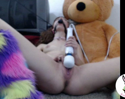 Manyvids - Bunnie Hughes - Ball Gagged 420 Kitten Camshow