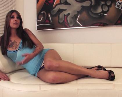 Elvirafriis Naya Interview Scene 1