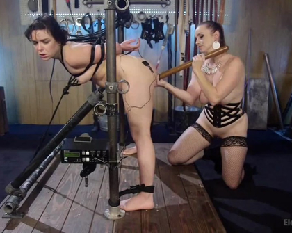 ElectroSluts - Juliette March And Bella Rossi