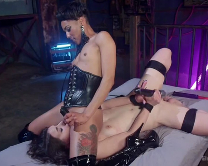 ElectroSluts - Katharine Cane And Nikki Darling
