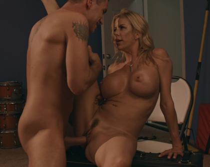 PornFidelity - 695 Alexis Fawx