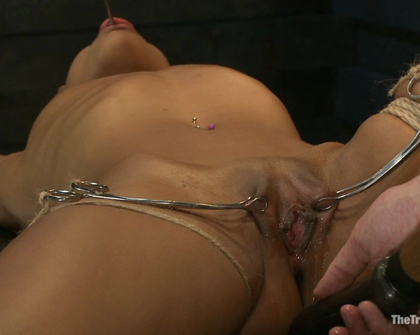 Skin Diamond - Skin Diamond - Day 4 Intense Predicament Bondage Non-Stop Orgasms Pushes ash Over the Edge