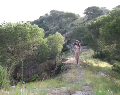 Watch4Beauty - Milla Queen Of The Mountain
