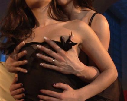 XTime - Henessy Roberta Gemma Video Porno Lesbo Sogni Bagnati
