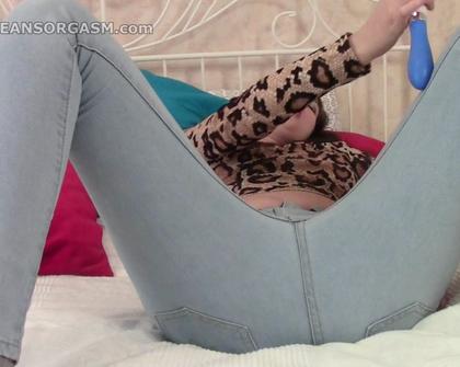 JeansOrgasm - Anya 01