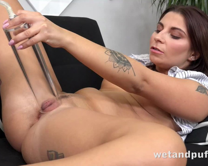 WetAndPuffy - Kate Hill Office Pussy Distractions