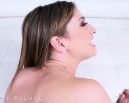 AmateurAllure - Kristen Scott