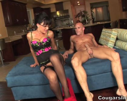 CougarsInHeat - Lisa Ann Sara Pailin Meets Joe The Plumer