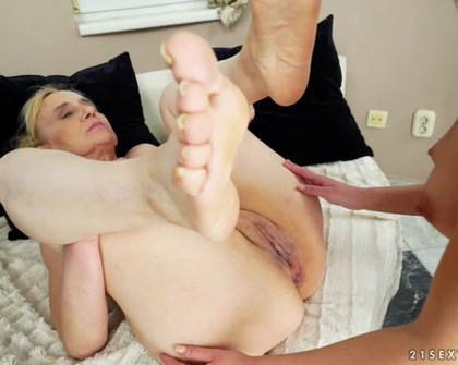 OldYoungLesbianLove - Nanney And Annie Wolf Learning With Nanney