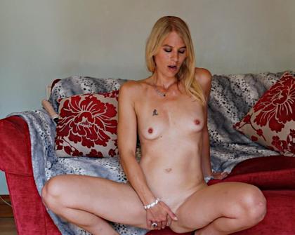 AllOver30 - Jentina Small 3