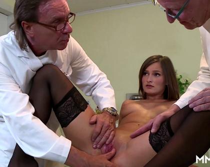 MMVFilms - Holly Hunter  Anna Von Freienwalde - Doctor  Doctor  SomethingS Stuck