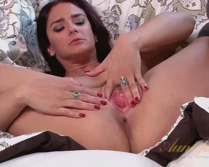 AuntJudys - Sheena Ryder Toys