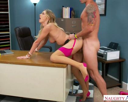 NaughtyOffice - Natalia Starr