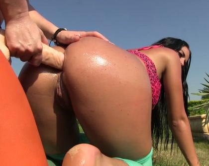 PornXn - Paula Q Victoria F